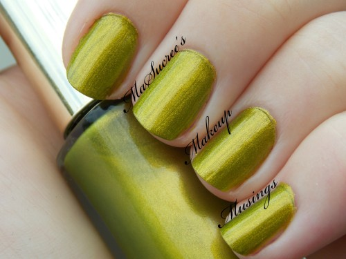 LOREAL Majestic Green Swatch MMM 2