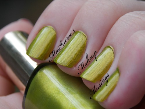 LOREAL Majestic Green Swatch MMM 3