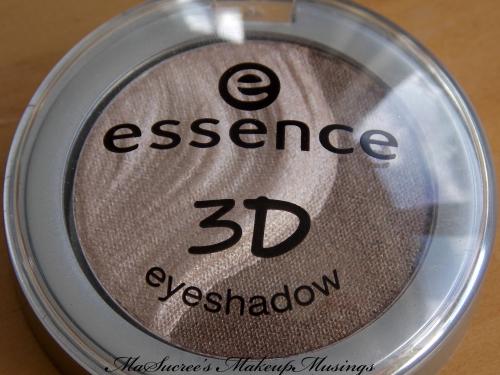 Essence 3D shadow case closed