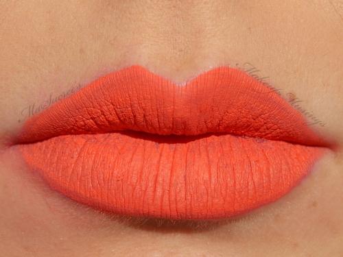 Australis V Orange Lips