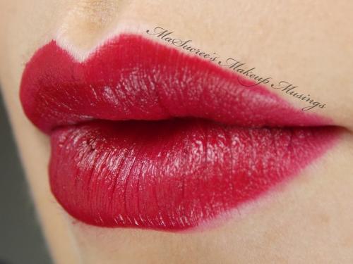 MAC Salon Rouge Side