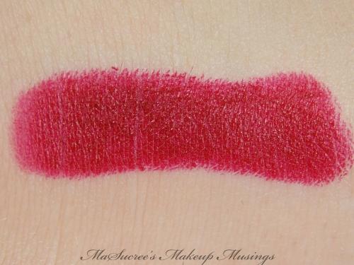 MAC Salon Rouge Swatch