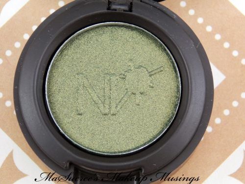 NV Eyeshadow Olive close up